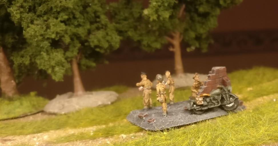 """Die Szene """"English Five o'clock Tea"""" aus dem Set Flames of War Royal Artillery Battery (BBX09)"""