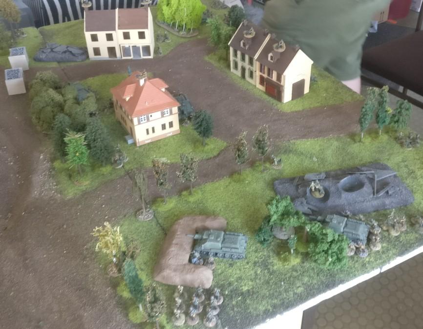 Sturmis Aufmarschgebiet. Acht Keiler und etwas Infanterie. Das war's.