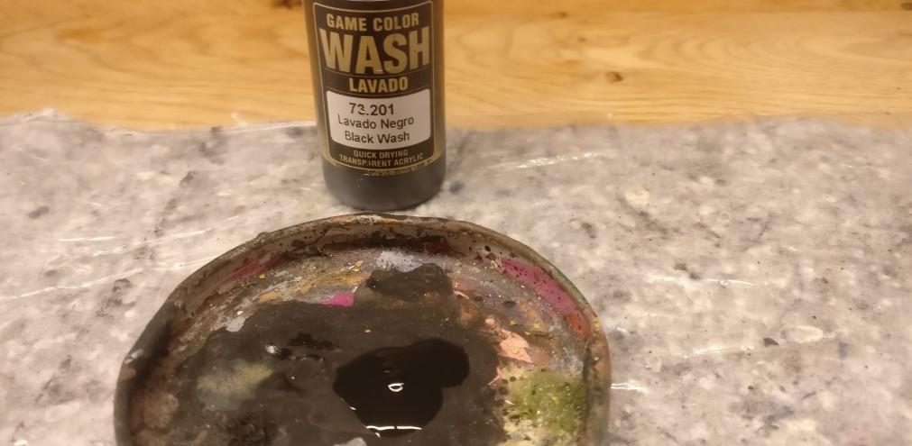 Der Black Wash für die Italeri 7503 ISU 122