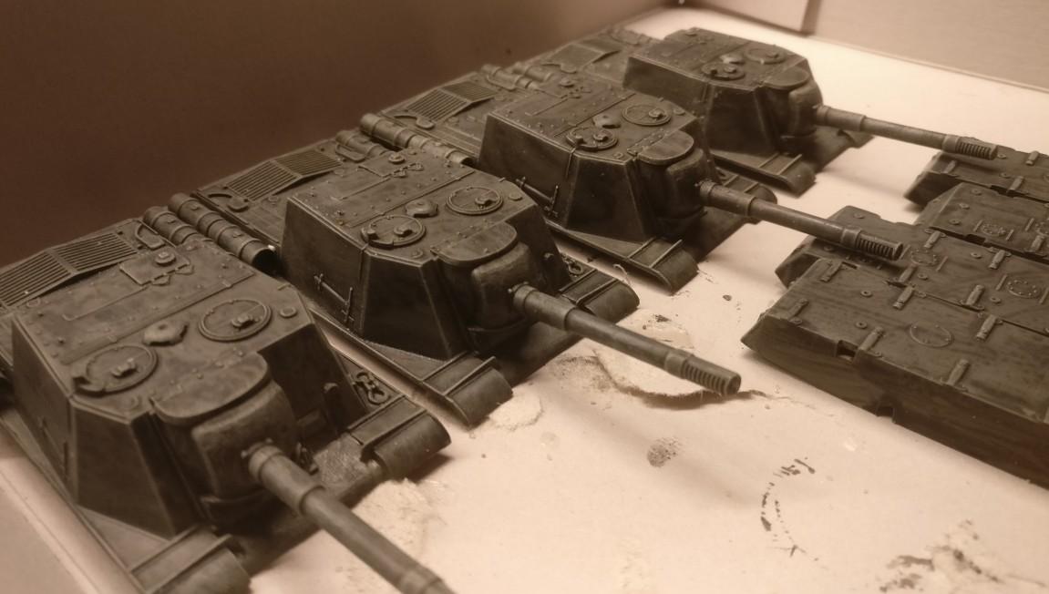 Detail: die Aufbauten der ISU-152.
