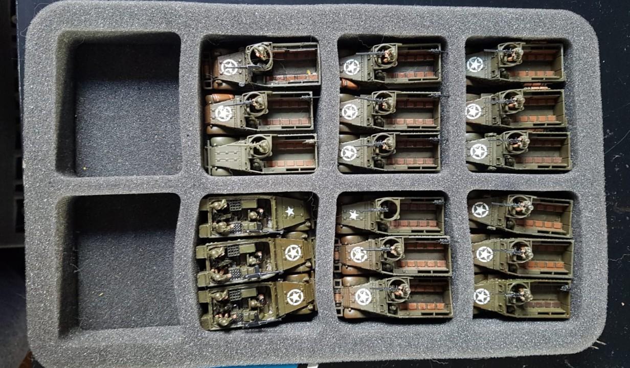 M3 Halftrack, teils mit Granatwerfer im 15mm Maßstab.