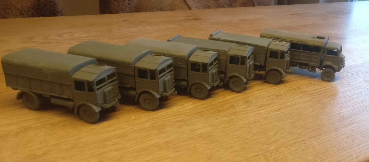 Die Bedford QLT und Bedford QLD Trucks oder den AEC Matador wollte ich schon länger mal holen. Nun ergab sich die Gelegenheit.