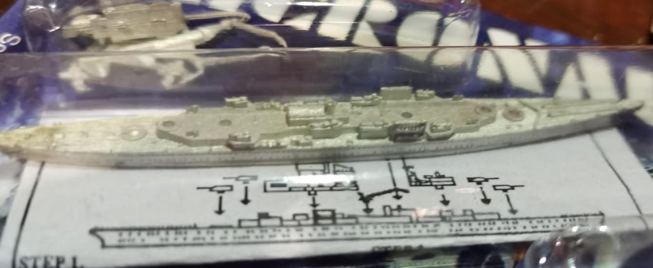 Britische Flugzeugträger, Schlachtschiffe, Kreuzer von GHQ Micronauts®- WWII 1/2400th Scale Naval Ships.