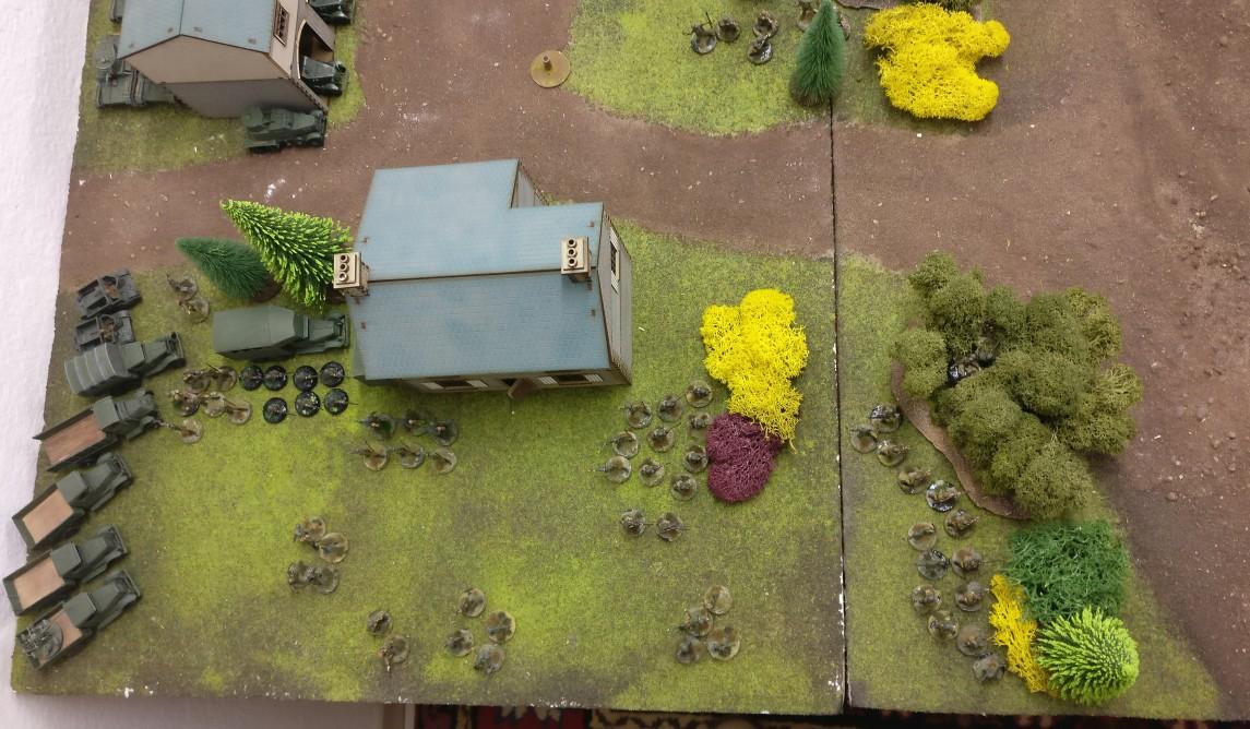 Hier marschierte die rote Panzerbrigade des Sturmi auf. T-26 und BT-7 satt und auch ein paar Armored Cars BA-6 & Co.