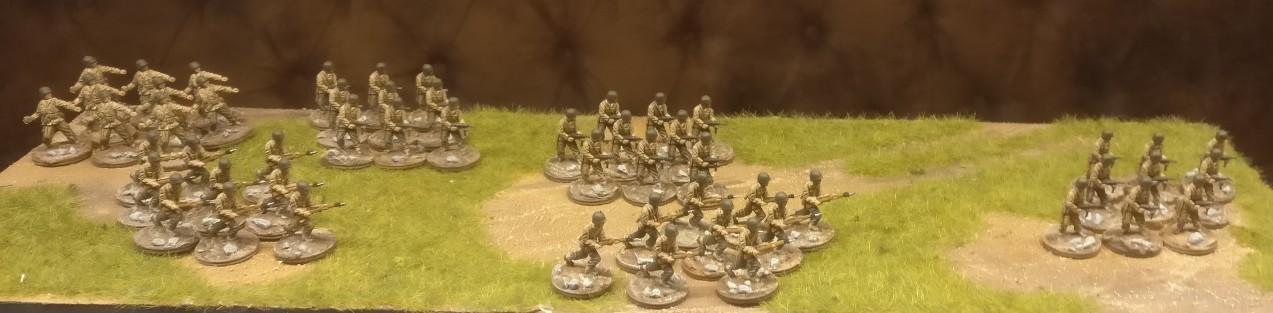 Schlussakkord: erneut werden 54 Figuren in die Kaserne geschickt.