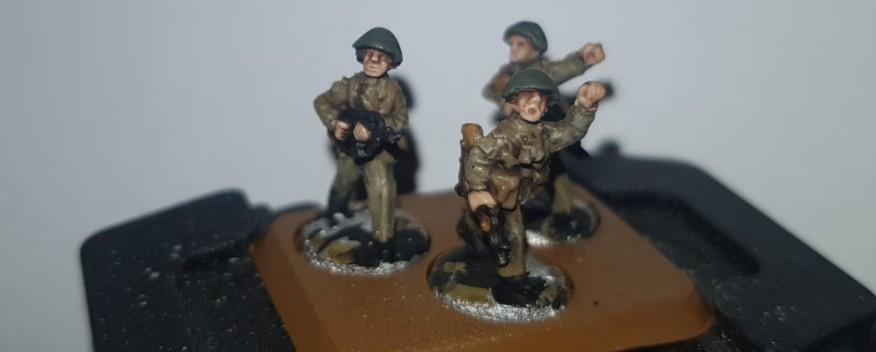 """Die 9. Panzerdivision """"Heinz Hoffmann"""" mit dem Mot.-Schützenregiment 9 """"Rudolf Renner"""" erhält nicht nur motorisierte Schützen. Einiges an Dickblech wird auch kommen."""