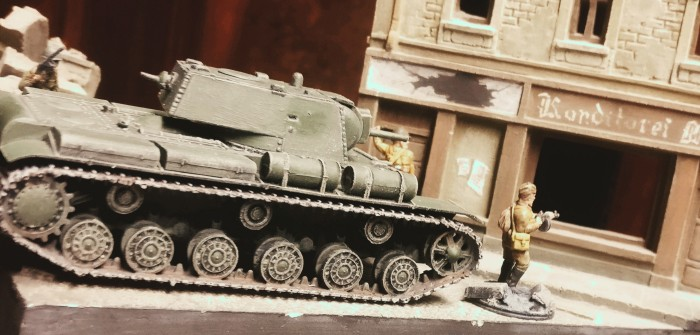 PST 72015 KV-8 Heavy Flamethrower Tank