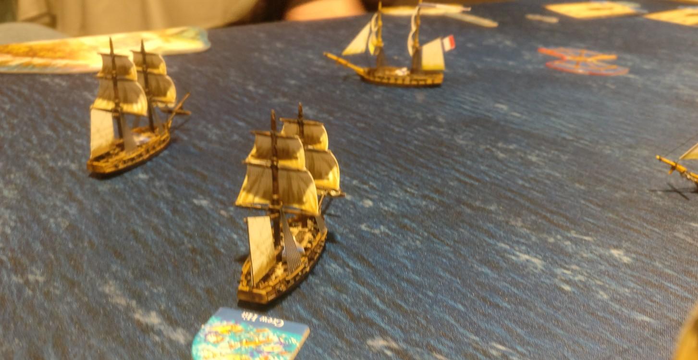Treffer gab es recht schnell. Dieses Schiff bekam eine Crew Hit. Bei allen Skill Tests war das natürlich hinderlich...