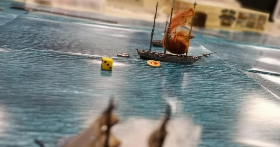 Feuer auf der gegenerischen Brigg! Halvarson hat bei Black seas ein Schiff der feindlichen Navy Fleet in Brand geschossen.