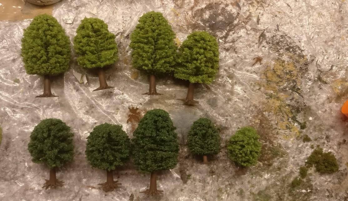 """ALLE... """"NOCH 26901 Laubbäume""""  sind nicht wieder zu erkennen."""
