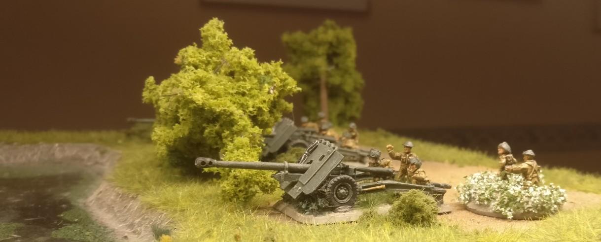 Hier lauert man hinterm Busch auf Tiger-Panzer...