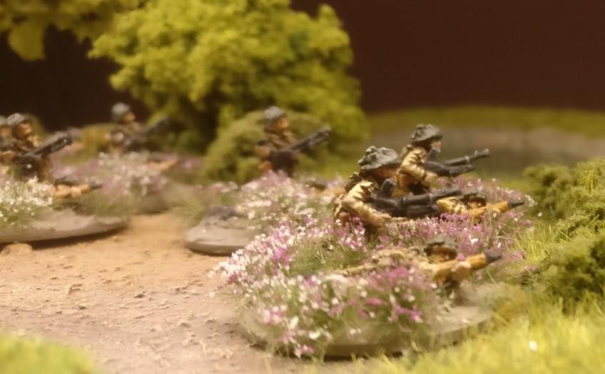 Private Steve McDermott mit seiner Bren Machine Gun.