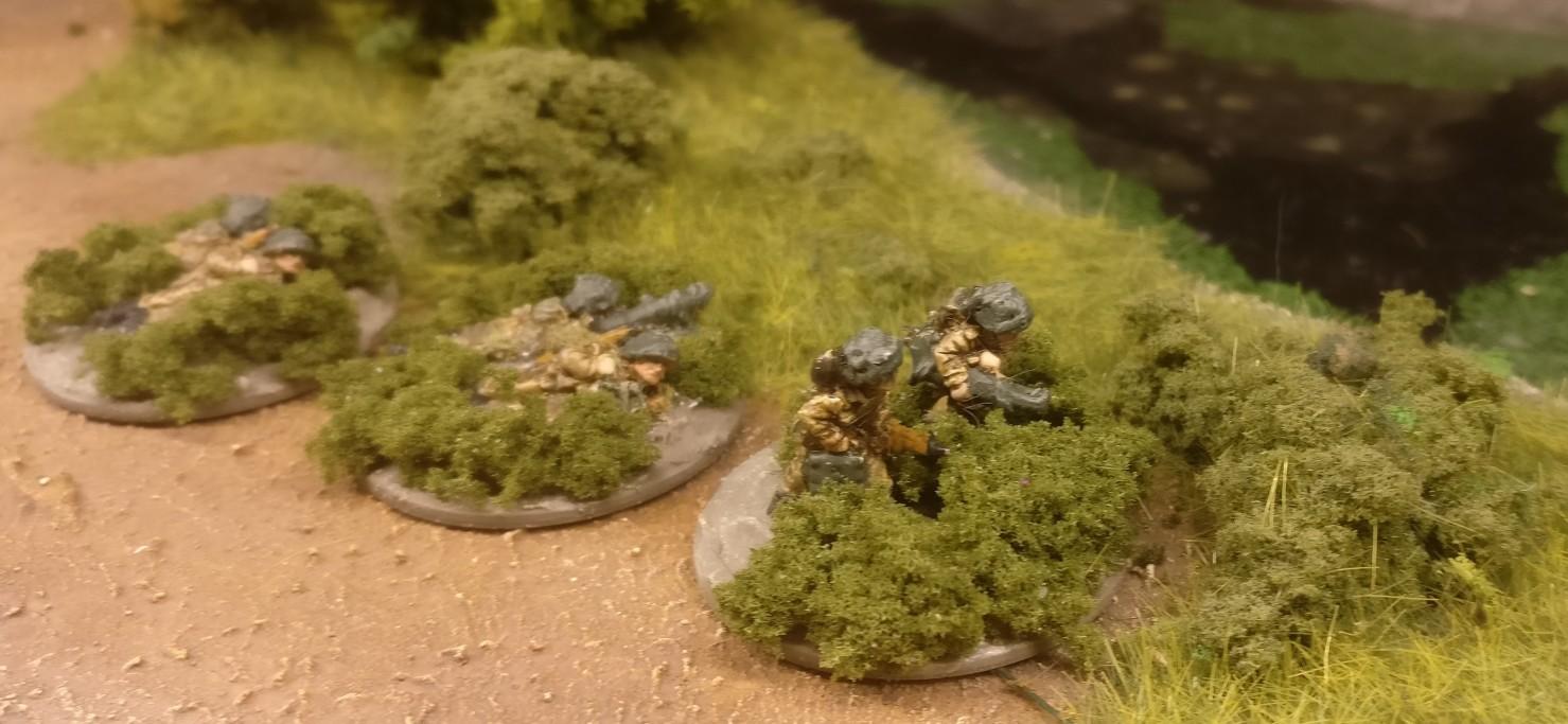 Die drei PBI PIAT AT Anti Tank Teams.