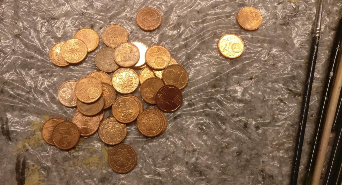 Zwei-Cent-Stücke wachsen nur noch sehr langsam nach.