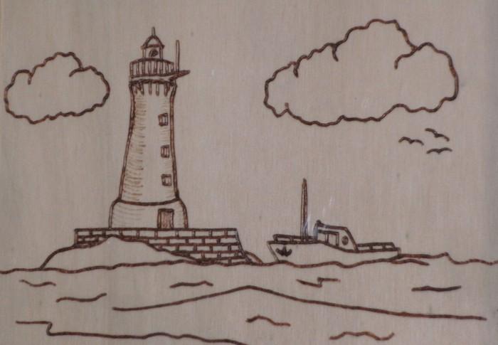 EIn Leuchtturm mit Boot. Eine Brennmalerei für die Black Seas und Broadside Fans?