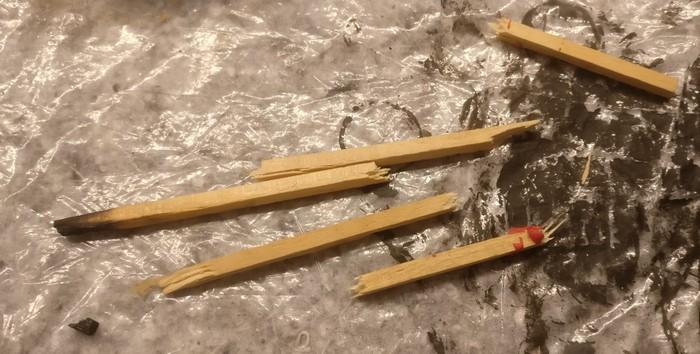 Hier weitere Balken, die ich auf der Straße durch die Stalingrad Tractor Plant pflanzen wollte.