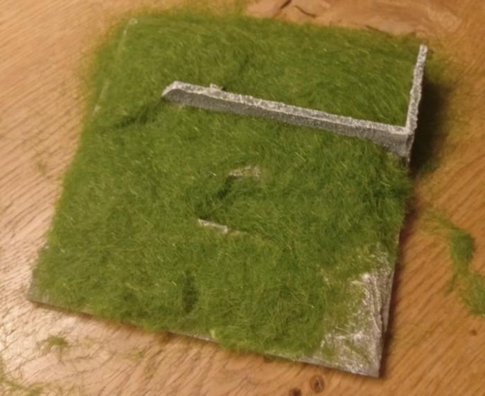 Das aufgestreute Gras auf dem Geländemodul.