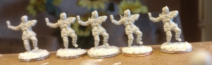 Die fünf Handgranatenwerfer mit PPsh-41 aus dem Figuren Set Siberian Riflemen (Revell 02516)