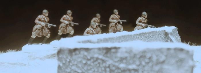 Die sechs PPSh-Schützen aus dem Set Siberian Riflemen (Revell 02516)