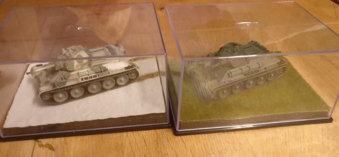 Zwei weitere gehaulte: Dragon Armor 60149 T-34/76 1st Motorized Rifle Division und ein Dragon Armor 60134 T-34/76 Mod. 1940