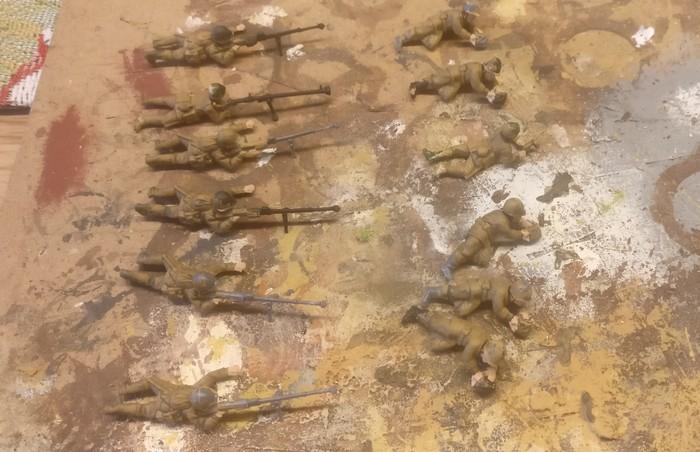"""Dies sind die zu basierenden PTRS-41-Schützen aus der PSC-Box """"Russian Heavy Weapons""""."""