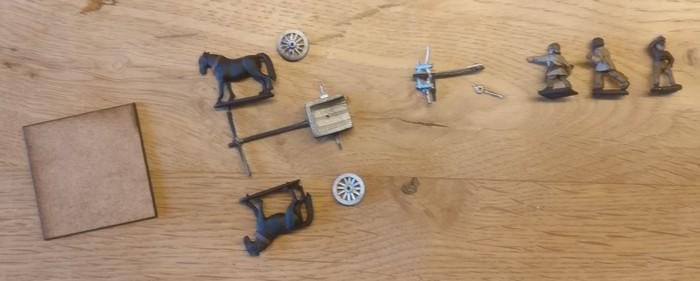 Die Einzelteile der Scorpio Ballista aus Zinn.