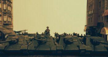 SU-100 und M4 Sherman von Tanks im Sonderangebot