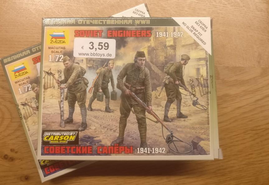 Die Packung für das Unboxing: Zvezda 6108 Soviet Engineers 1941-1942