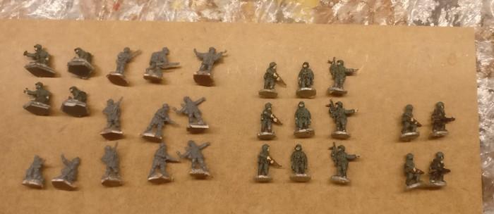 Die 28 Mann der 94. Infanterie-Division.