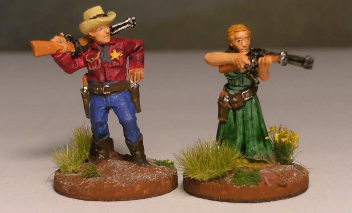 Dolores Wood zeigt sich gerne mit Sheriff Charlton. Ob die beiden was miteinander haben, müssen wir den Honischer fragen. Er hat die beiden so hingestellt, dass er zu ihr rüberschielt... Dead Man's Hand wirft Fragen auf!