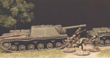 2x Pegasus 7668 SU-152 für den Sommer. Zulauf für das 1541. schwere selbständige Selbstfahr-Artillerieregiment