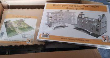 """MDF-Häuser für die Spielplatte: das Sarissa """"Destroyed Townhouse Set"""""""