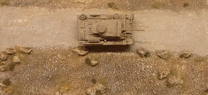 Der Atlas Pz.Kpfw.III Ausf.L Sd.Kfz. 141/1 auf dem Marsch an die Front.