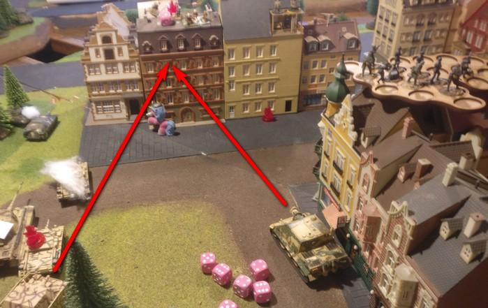 Hier der Beschuss des besetzten Gebäudes durch Sturmtiger und Brummbär