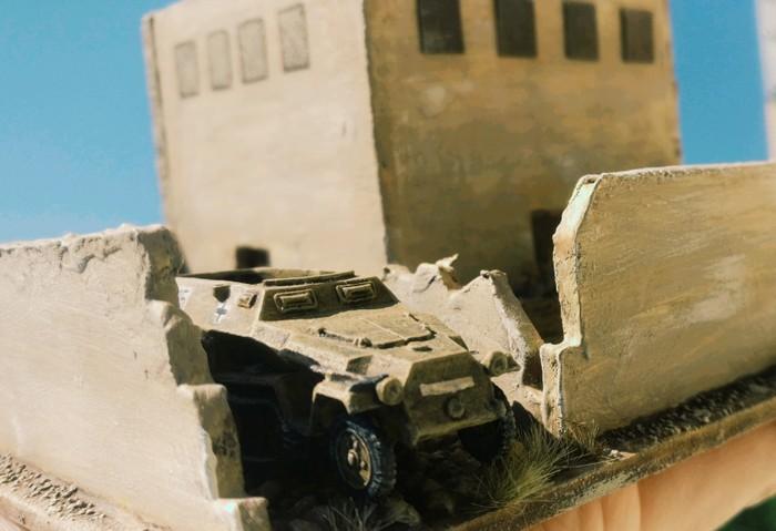 Ne Halbkette parkt in der RPG7-Ecke. Das 251 brachte wohl hohen Besuch nach Bir Qu'ashem.