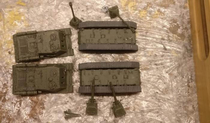 Die beiden ISU-122/152 von Pegasus 7670 nach dem Auftrag der Bronzegrün.