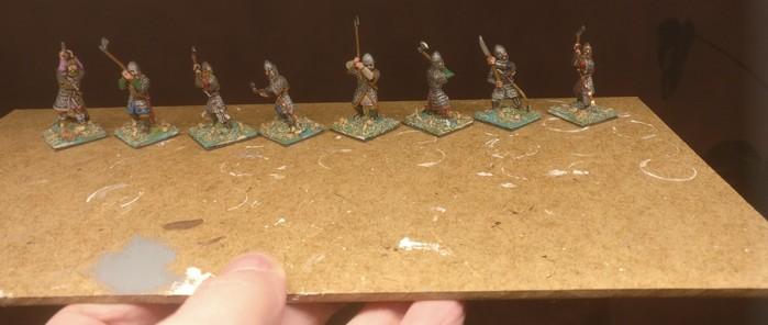 So kam die Warägergarde für meine SAGA-Armee bei mir an. Man sieht hier noch die eckigen Bases, wie XENA sie verwendet.