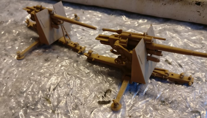 Die anderen beiden 8,8 cm FlaK 36.