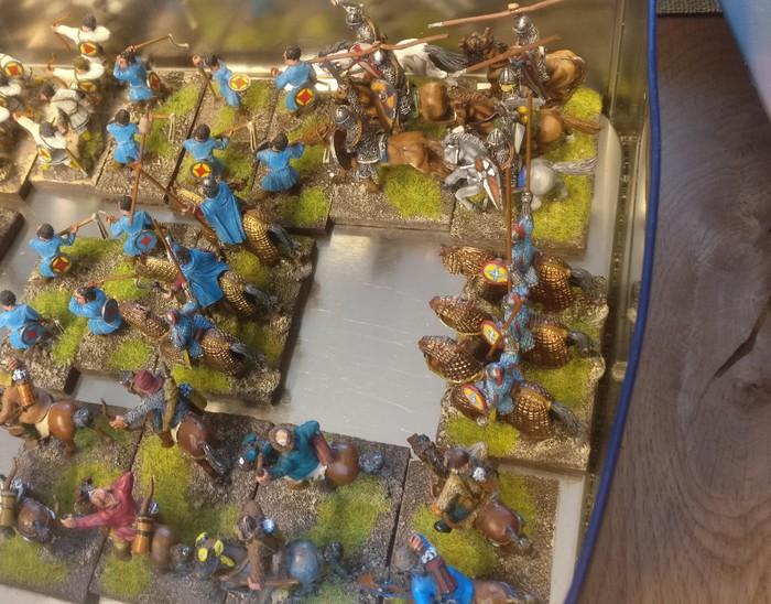 Blick in die Haulkiste. Hier stehen XENAs Reiter dicht an dicht. Noch sind sie der SAGA-Armee der Byzantiner nicht einverleibt.