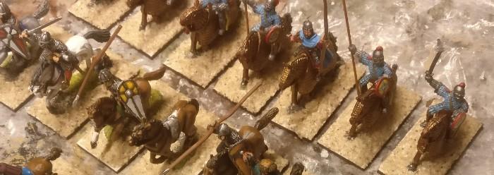 Die ganze Reiterhorde auf neuen Basen.