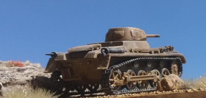 Ein Flamm-Panzer I des 5. Panzer-Regiment der 5. Leichten Division am 1. Mai 1942 beim Vorstoß auf Tobruk bei Ras el Medauuar.