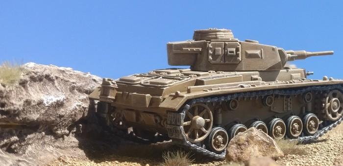 Der Vorstoß des Panzerregiment 5 wird von diesem Panzer III unterstützt.