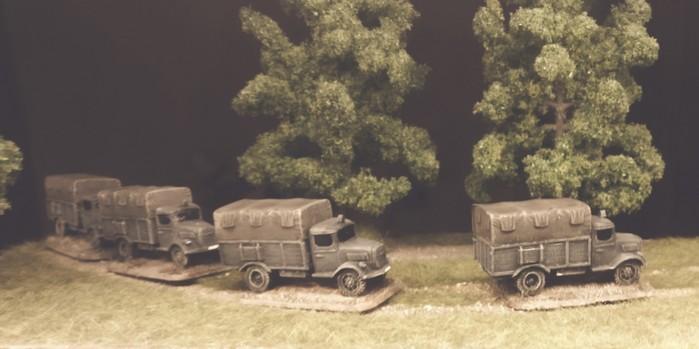 Hier sind die vier Opel Blitz 3.6-36 S bereits im Einsatz.