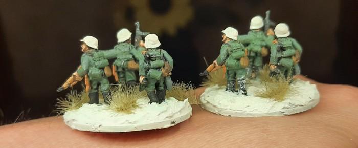 Die Rifle Foot Groups von hinten. Welche ist hübscher?