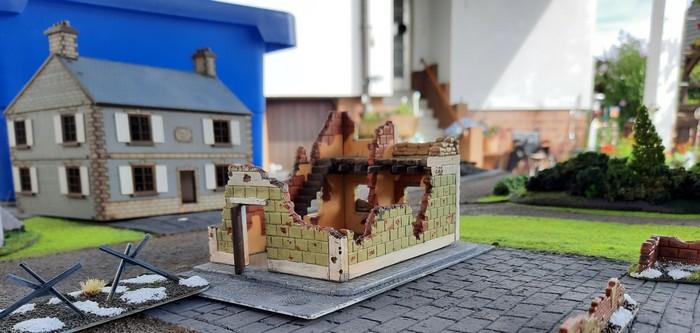 Eine Kursker Häuserruine.