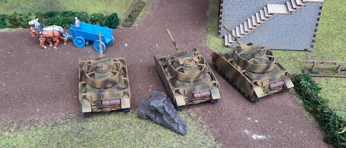 Das panzer IV Platoon nimmt Aufstellung im Bereitstellungsraum bei Kursk.