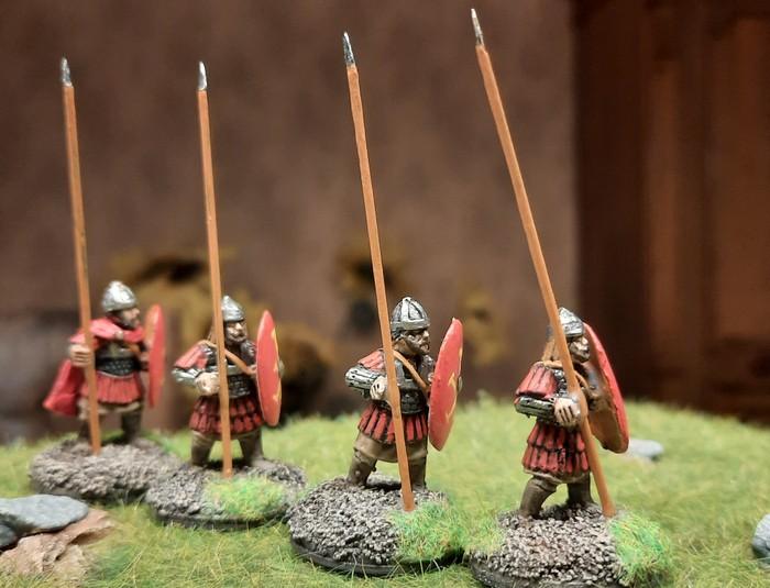 Die zwölf frisch ausstaffierten SAGA-Byzantiner. Dank Gripping Beast und North Star kann man sich auf dem Shturmigrader Exerzierplatz zeigen.