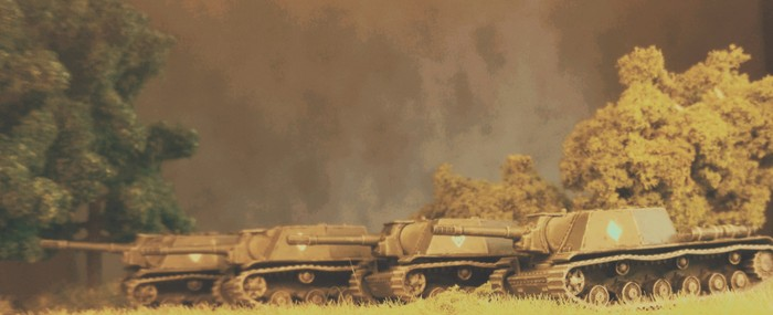 Das neue SU-152 im Rudel.