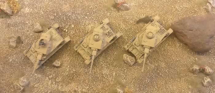 Die drei Panzer IV Ausf. F2 der 4./Panzerregiment 5 der 21. Panzerdivision, Oktober 1942 vor El Alamein