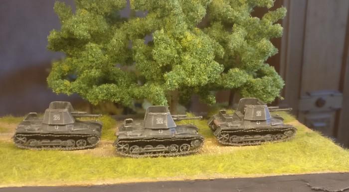 Die drei Panzerjäger I beim ersten Ausflug im Shturmigrader Stadtwald.